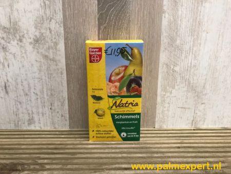 Natria microsulfo spuitzwavel tegen meeldauw en schimmels.
